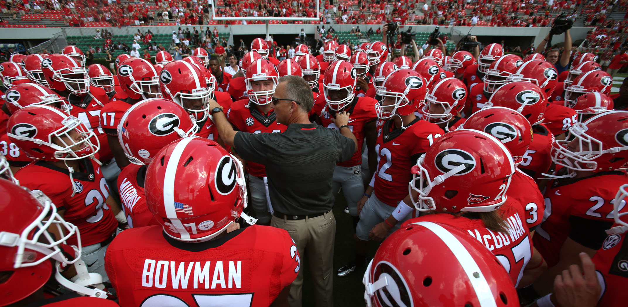 Georgia Bulldogs Football Cover Photo 090813 uga football 13jpg 2145x1050
