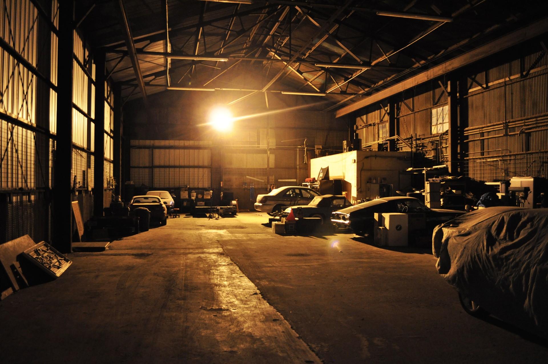Car Garage Wallpaper Wallpapersafari