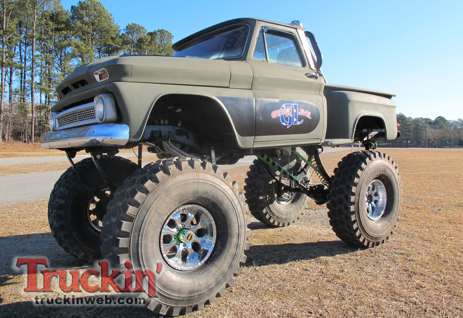 Lifted Chevy Trucks Wallpaper Wallpapersafari 1968 Truck 2010 Blooddrag Custom Show Classic 1600x1100