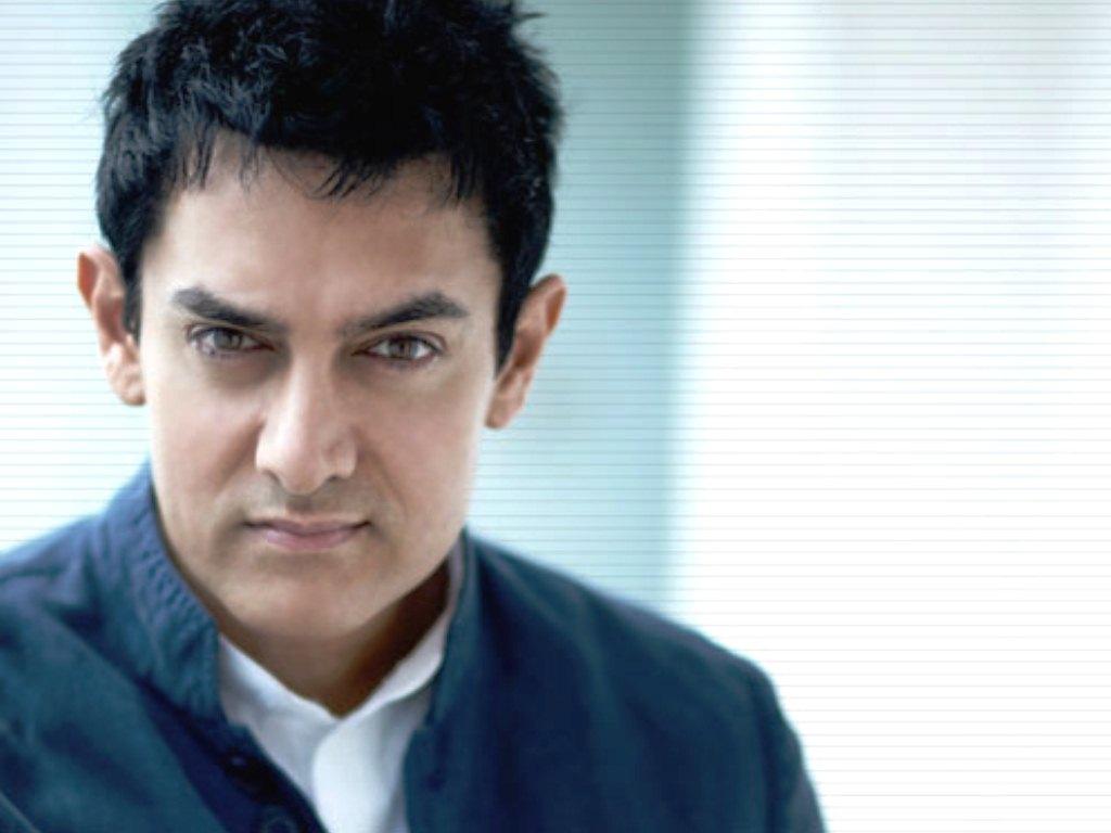 Aamir Khan Wallpapers HD Backgrounds Images Pics Photos 1024x768