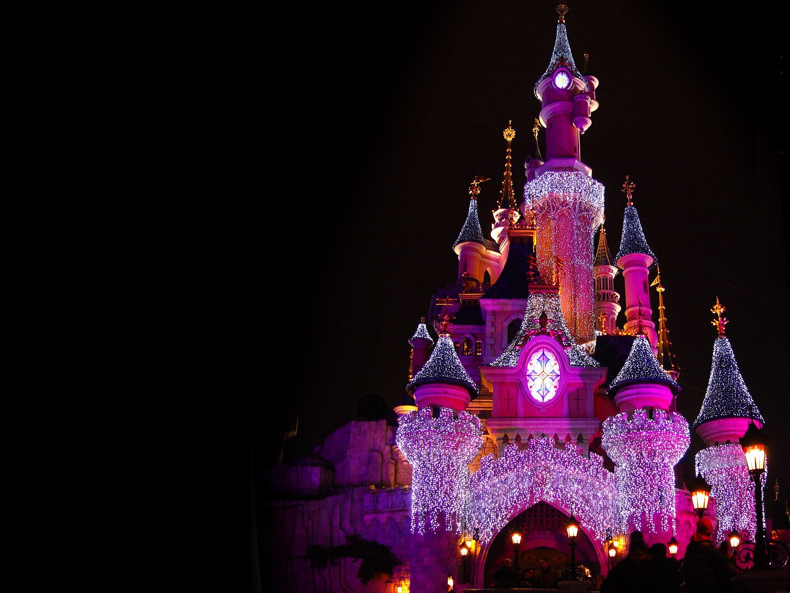 1600x1200 Disney Castle desktop PC and Mac wallpaper 1600x1200