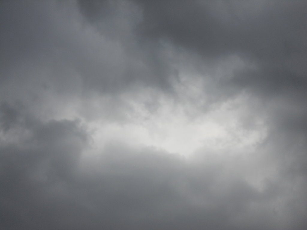 free download cloudy grey sky by yuiharunashinozaki