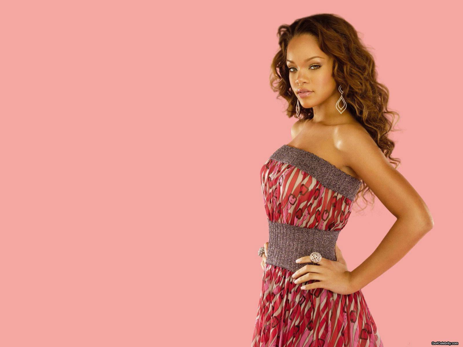 Rihanna   Rihanna Wallpaper 6848329 1600x1200