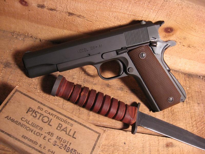 guns weapons knives m1911 45acp 1600x1200 wallpaper Gun Wallpaper 800x600