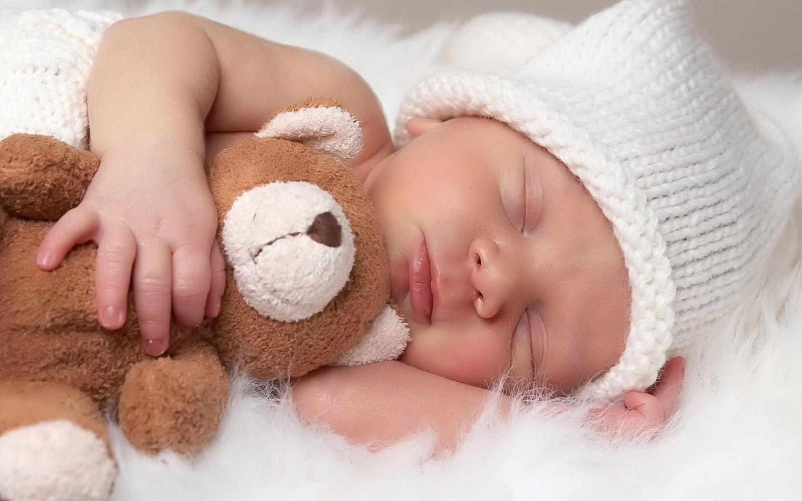 Mooie baby achtergronden leuke hd baby wallpapers afbeeldingen foto 20 1600x1000
