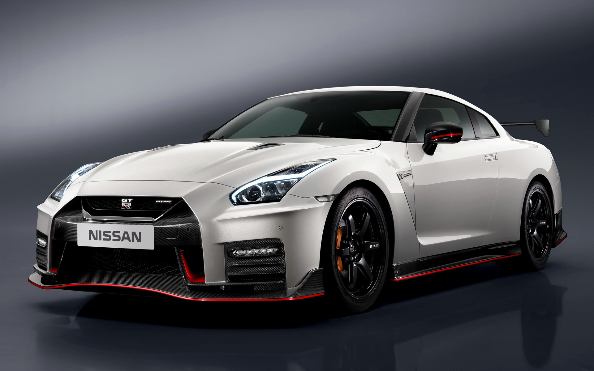 Nissan GT R Nismo 2016 Wallpapers and HD Images   Car Pixel 1920x1200