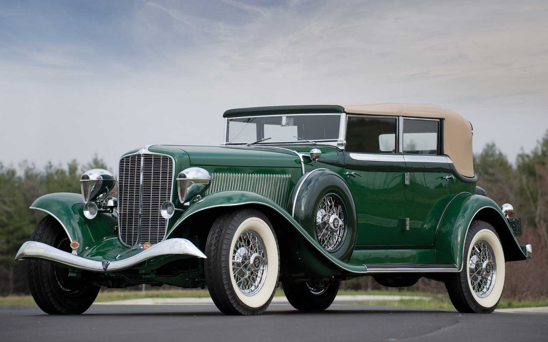 Classic cars hd wallpapers   Vintage Cars   HD widescreen 1920x1200