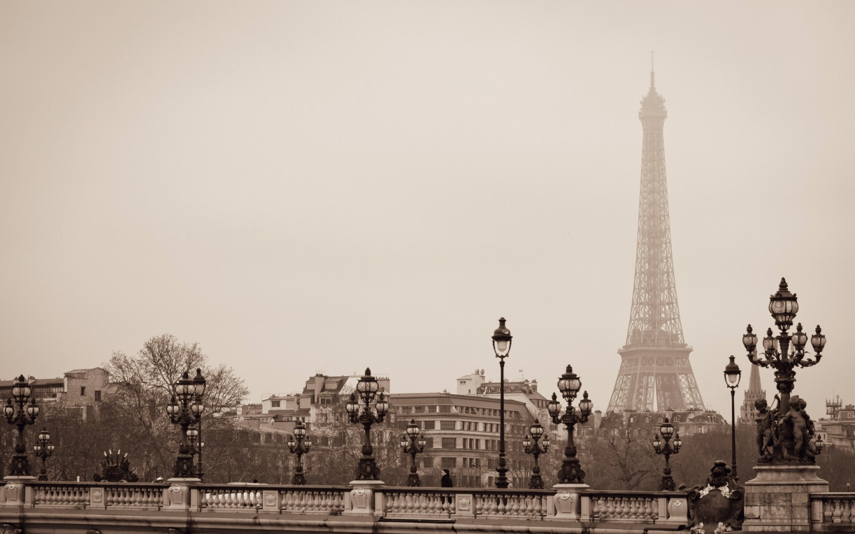 Eiffel Tower Paris France 1680 x 1050 Download Close 1680x1050