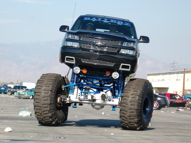Chevy Truck Lifted Wallpaper   Car Release Date Reviews 640x480