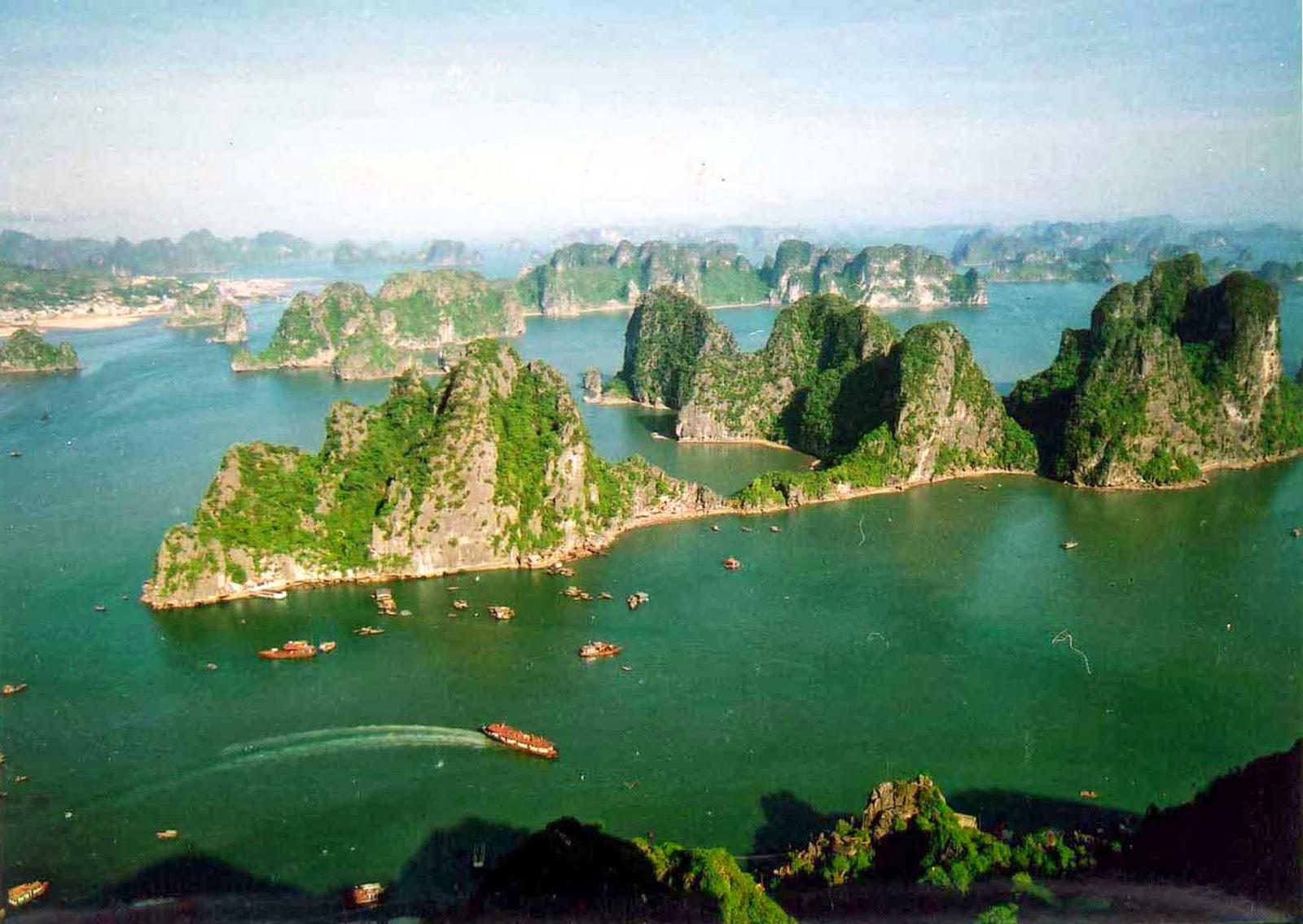 vietnam 30 beautiful nature halong bay vietnam thu thao miss vietnam 1600x1135