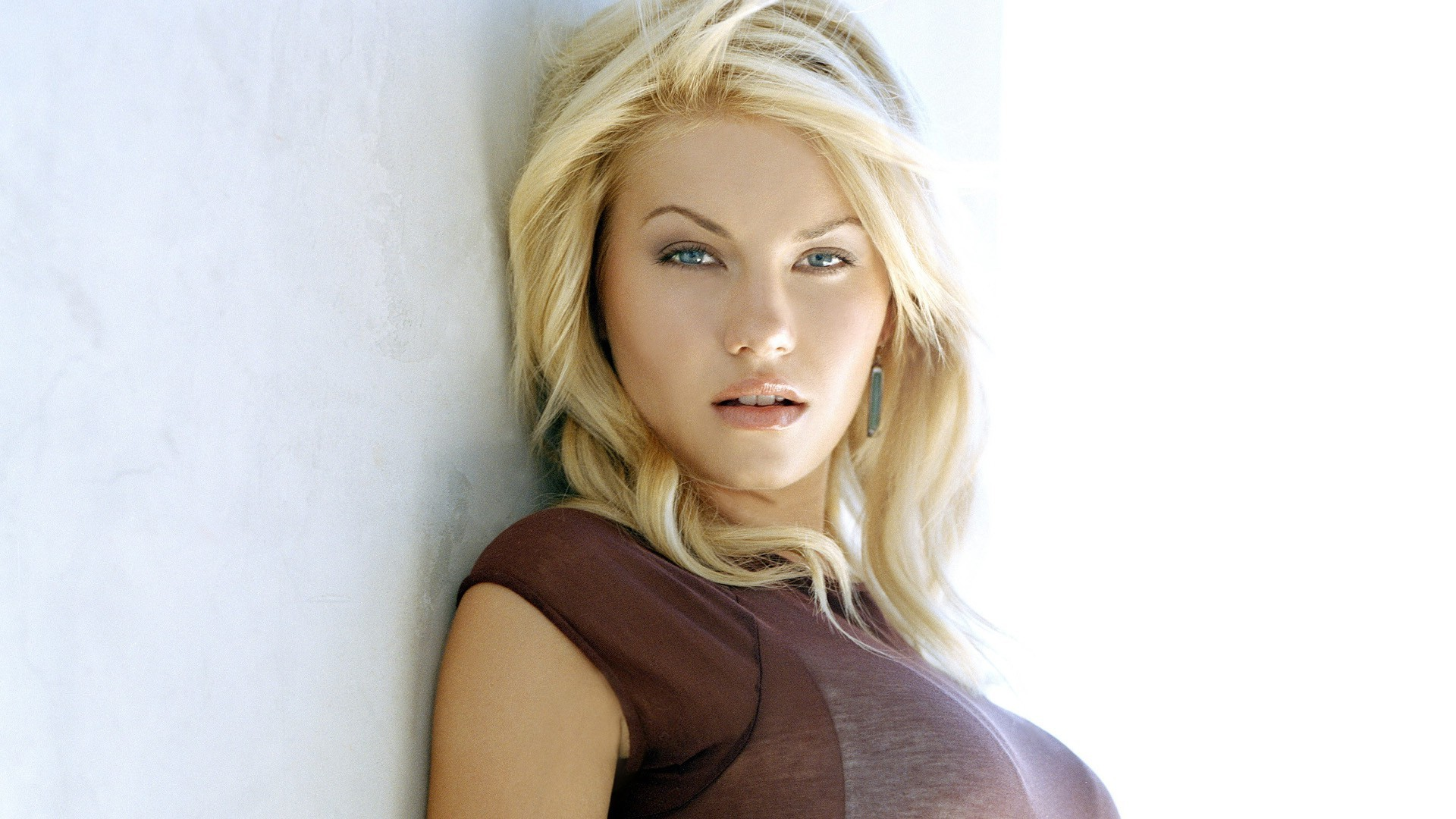 Free Download Elisha Cuthbert Wallpapers Hd Full Hd Pictures