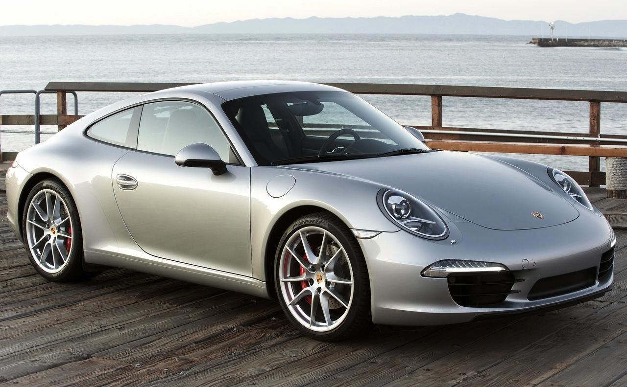 2012 Porsche 911 Carrera S Front 34 View 1280x791