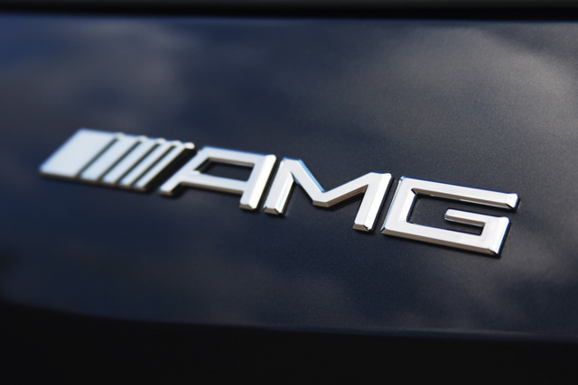 Amg Logo Wallpaper Related Keywords Suggestions   Mercedes Amg Logo 640x427