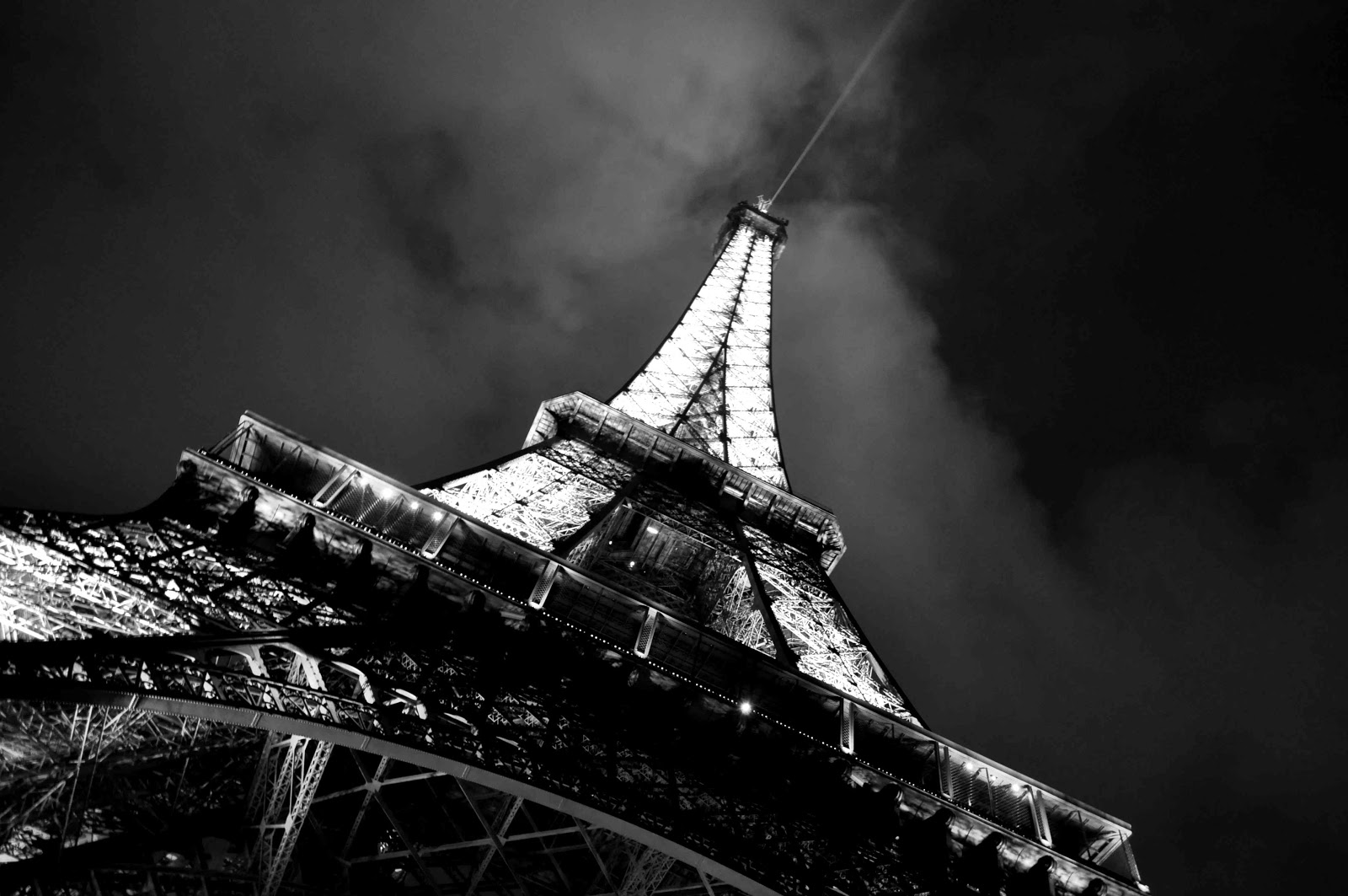 Free Download Paris Black And White Download Wallpaper 1600x1063