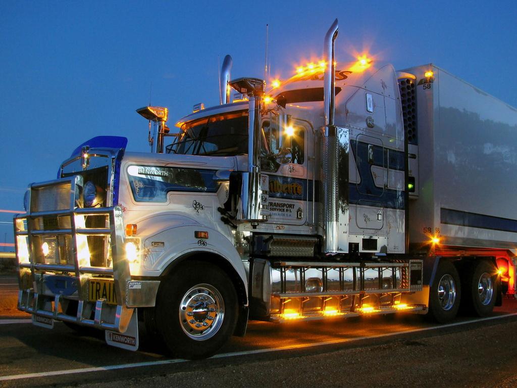 Free download Download full size light Kenworth Trucks Wallpaper Num