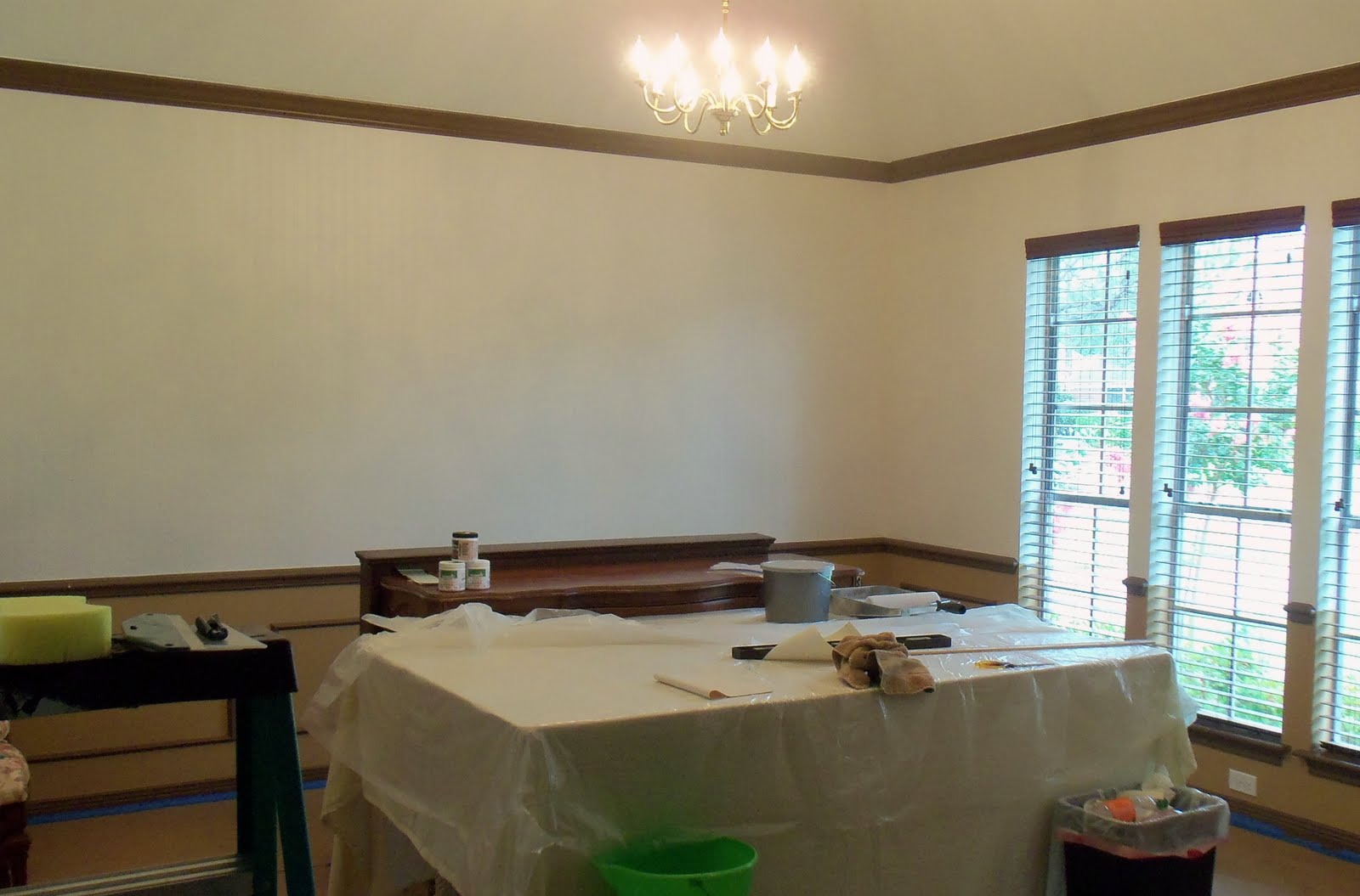 Used Beadboard Paintable Wallpaper From Lowes And It Came Out 1600x1055