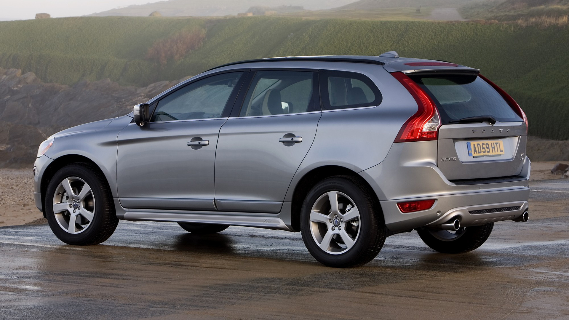 Volvo XC60 R Design 2009 UK Wallpapers and HD Images 1920x1080