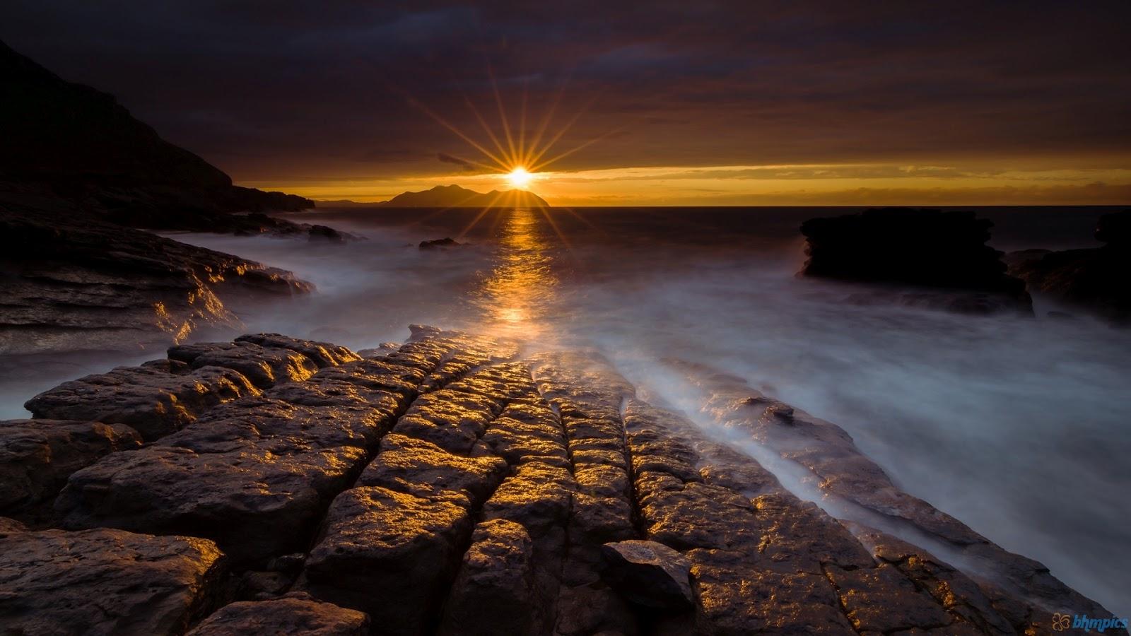 Description Download Night Sea Rocks Landscape Wallpaper Night Sea 1600x900
