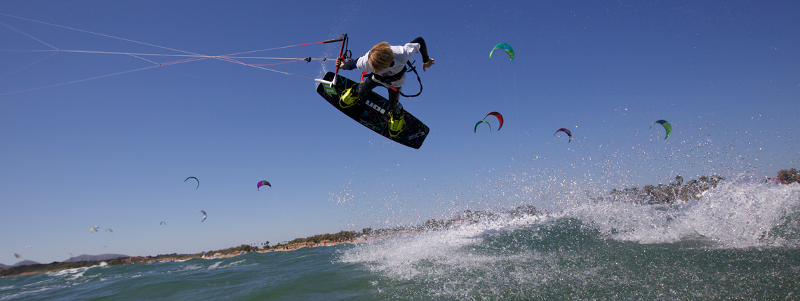 Wake style kiteboarding wallpapers 1140x429