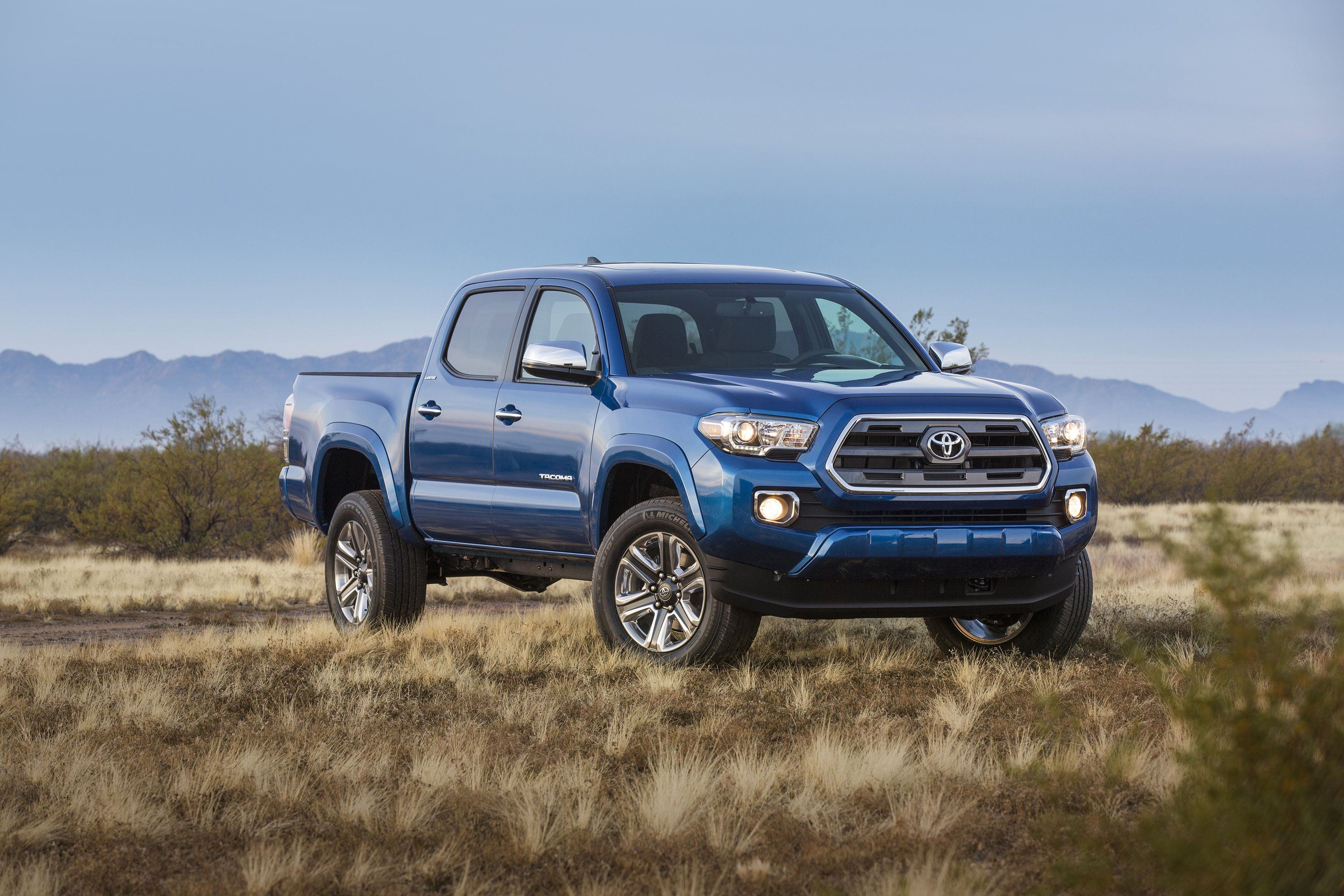 2016 Toyota Tacoma Limited DoubleCab pickup 4x4 wallpaper 3000x2000 3000x2000