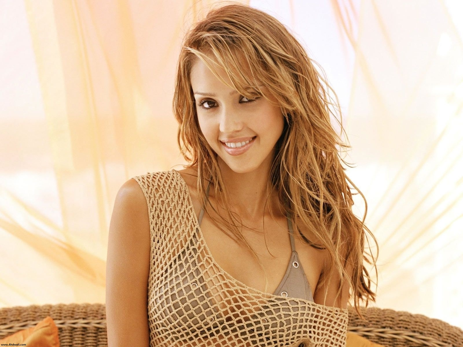 Latest Hollywood Celebrity Wallpapers   HD Wallpapers Backgrounds of 1600x1200