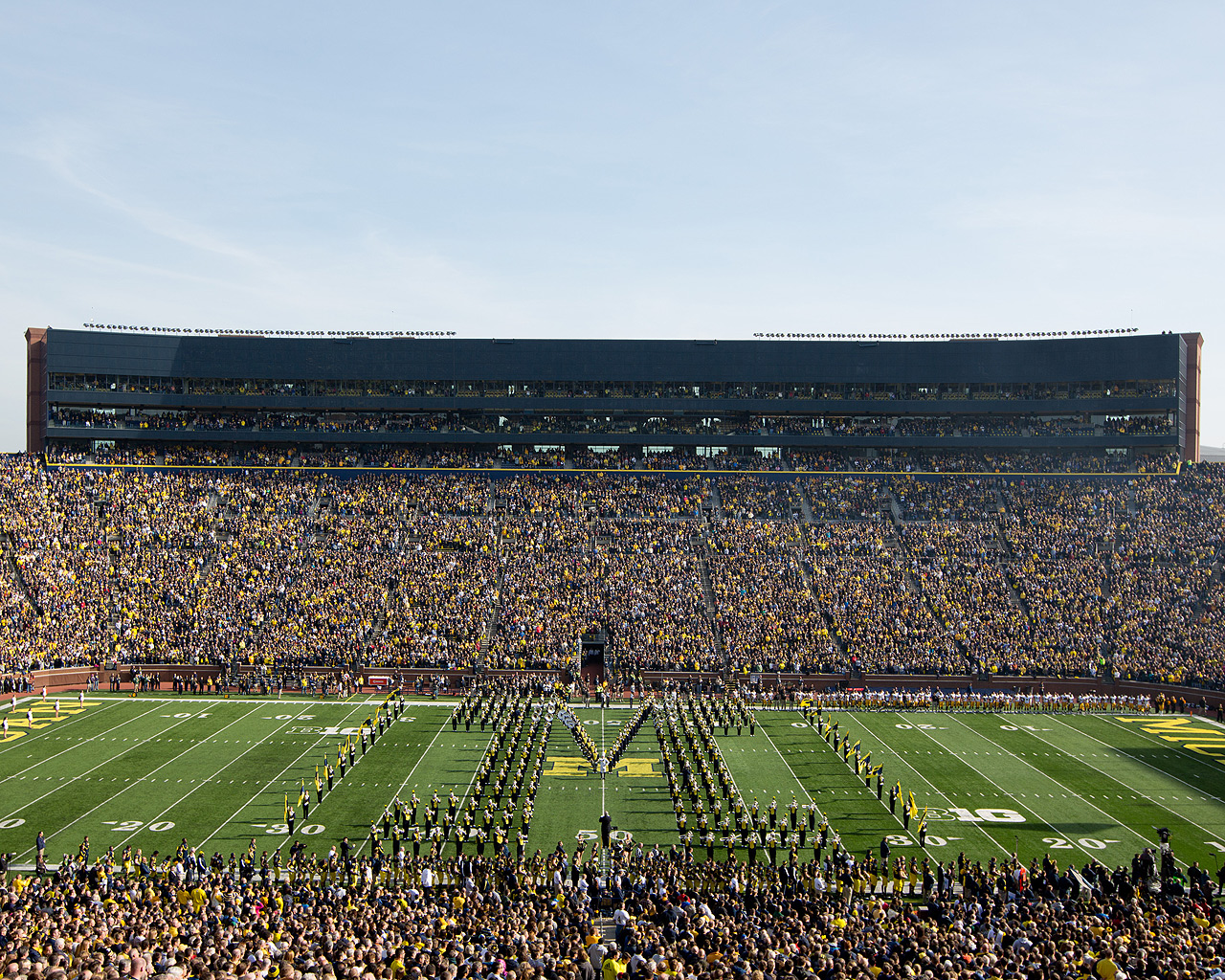 Michigan Wolverines wallpaper that showcases your favorite teams or 1280x1024