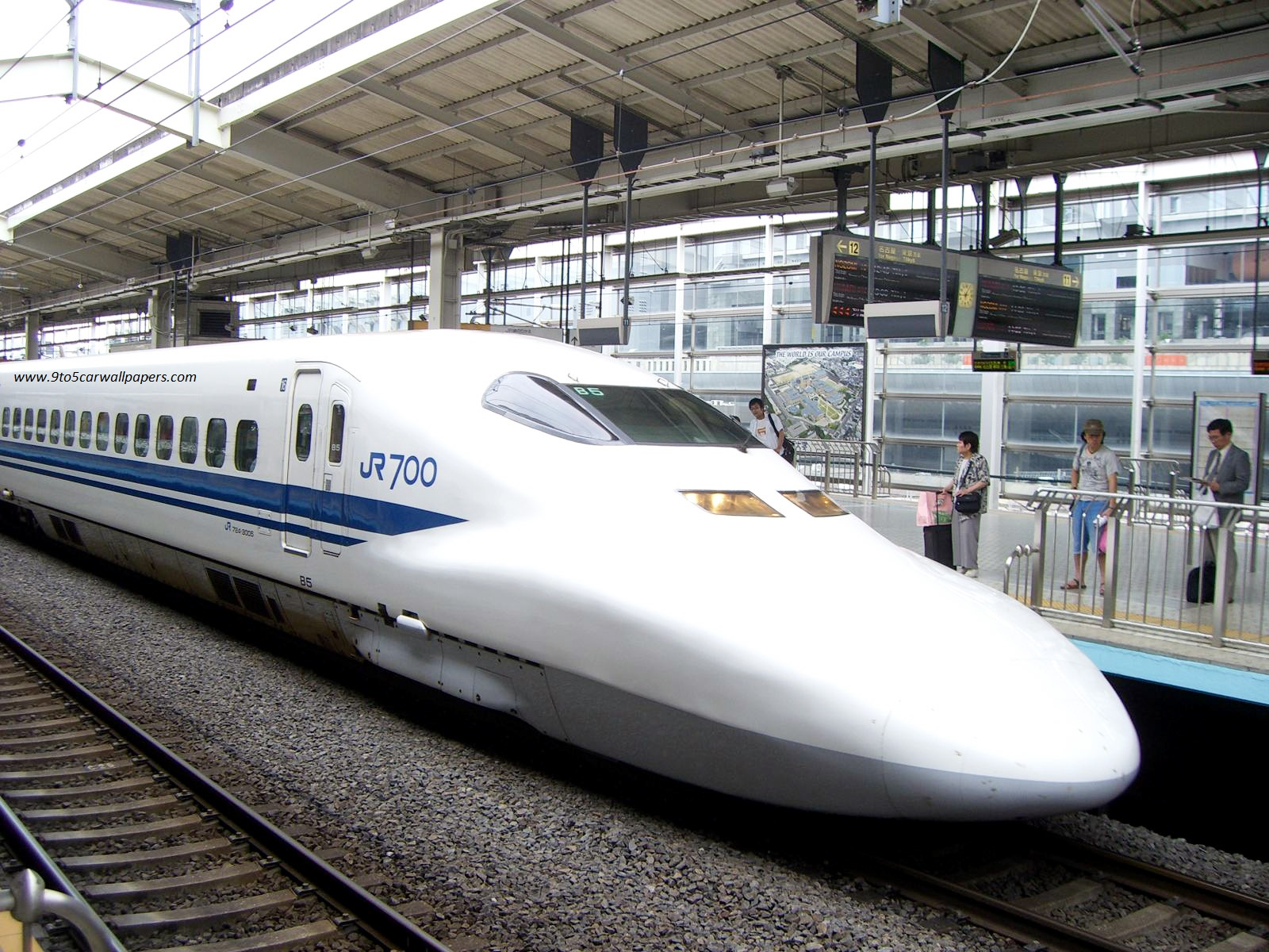 Bullet Train HD Wallpaper 1600x1200