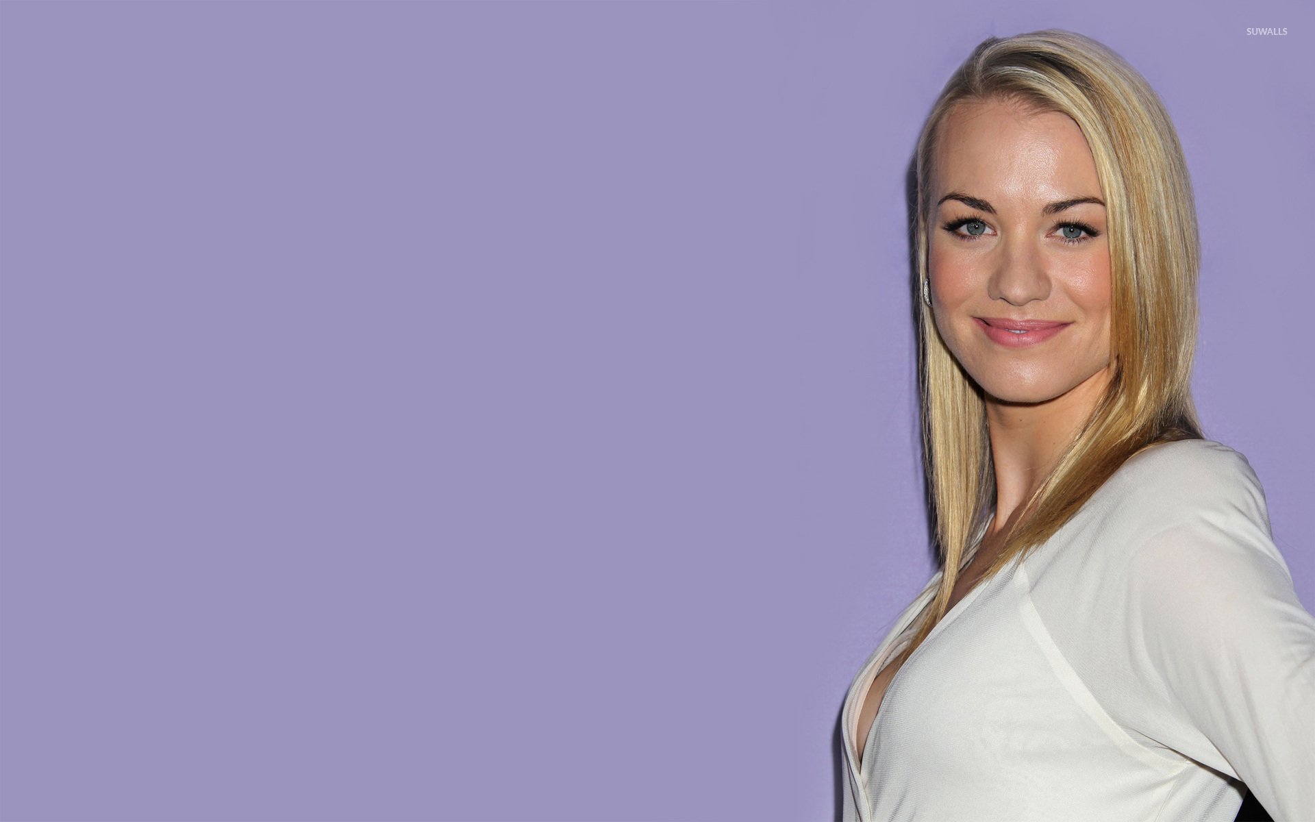 Yvonne Strahovski [23] wallpaper   Celebrity wallpapers 1920x1200