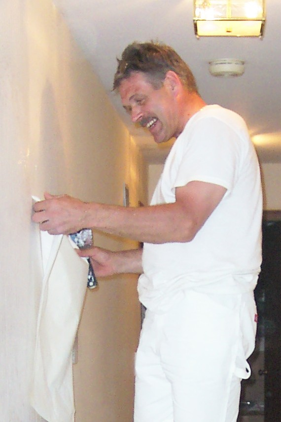 be able to hang your new wallpaper over the existing wallpaper paste 570x854