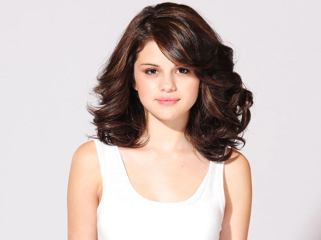 Selena Gomez 2013 Wallpaper High Quality WallpapersWallpaper 1024x768