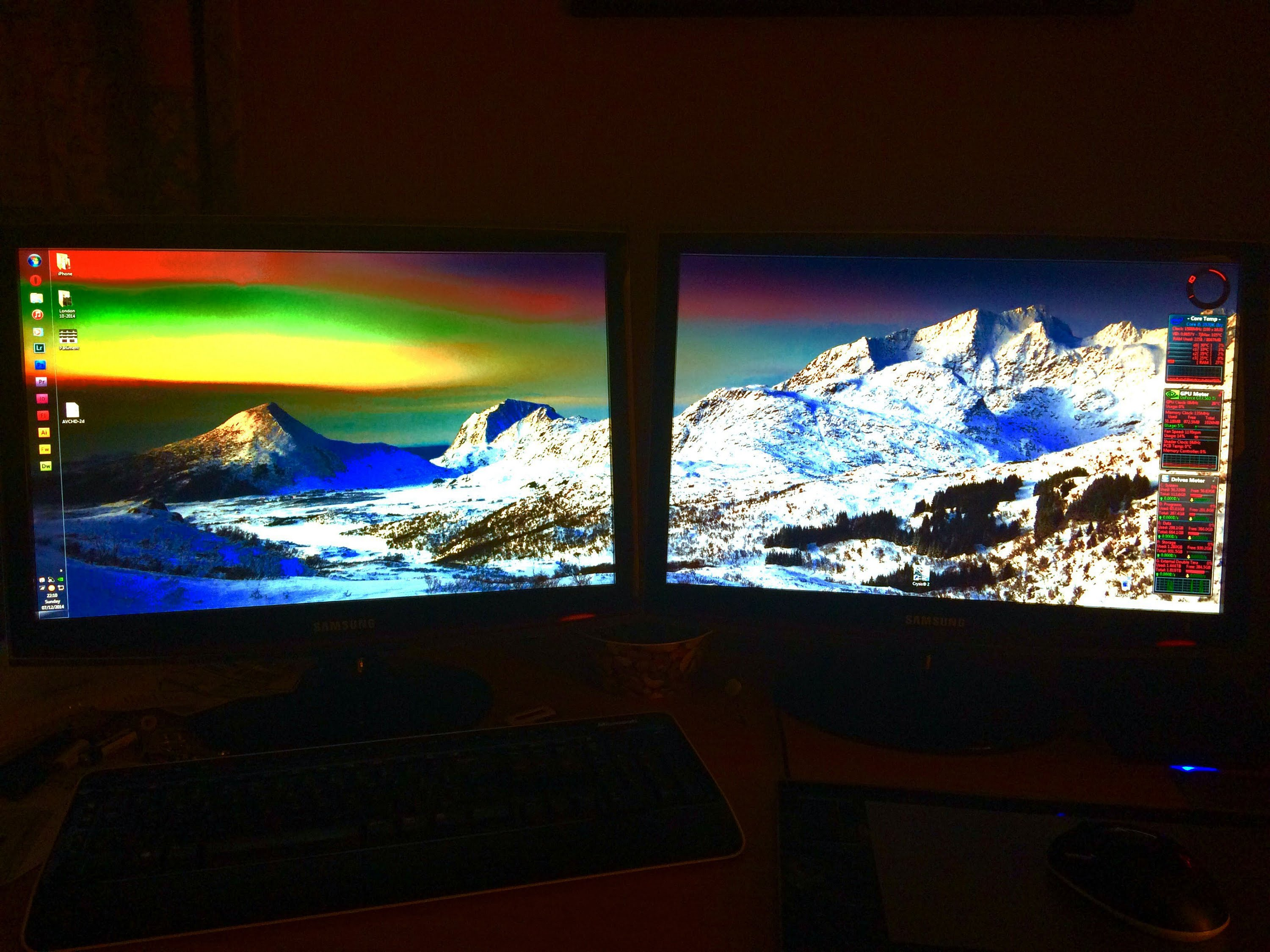 how to put separate wallpapers on dual monitors