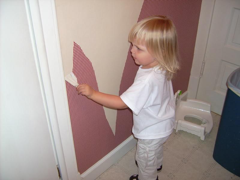 Helping Daddy Take Down Wallpaper Background Theme Desktop 800x600
