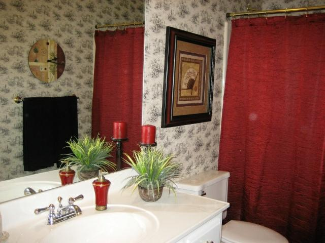 Toile Bathroom Ideas: Toile Wallpaper For Bathrooms