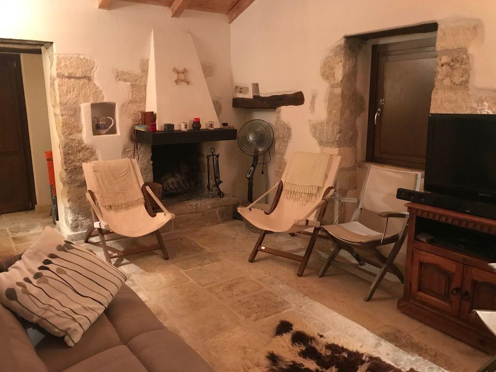Beautifully restored farmhouse in Serramonacesca Abruzzo Italy 1024x768