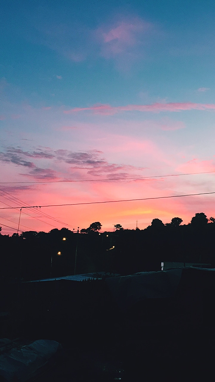 This is such a beautiful sunset on We Heart It 721x1280