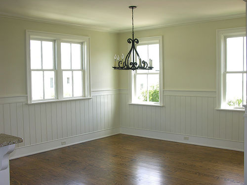 If you have beadboard or wainscoting in your dining room can I see 500x375
