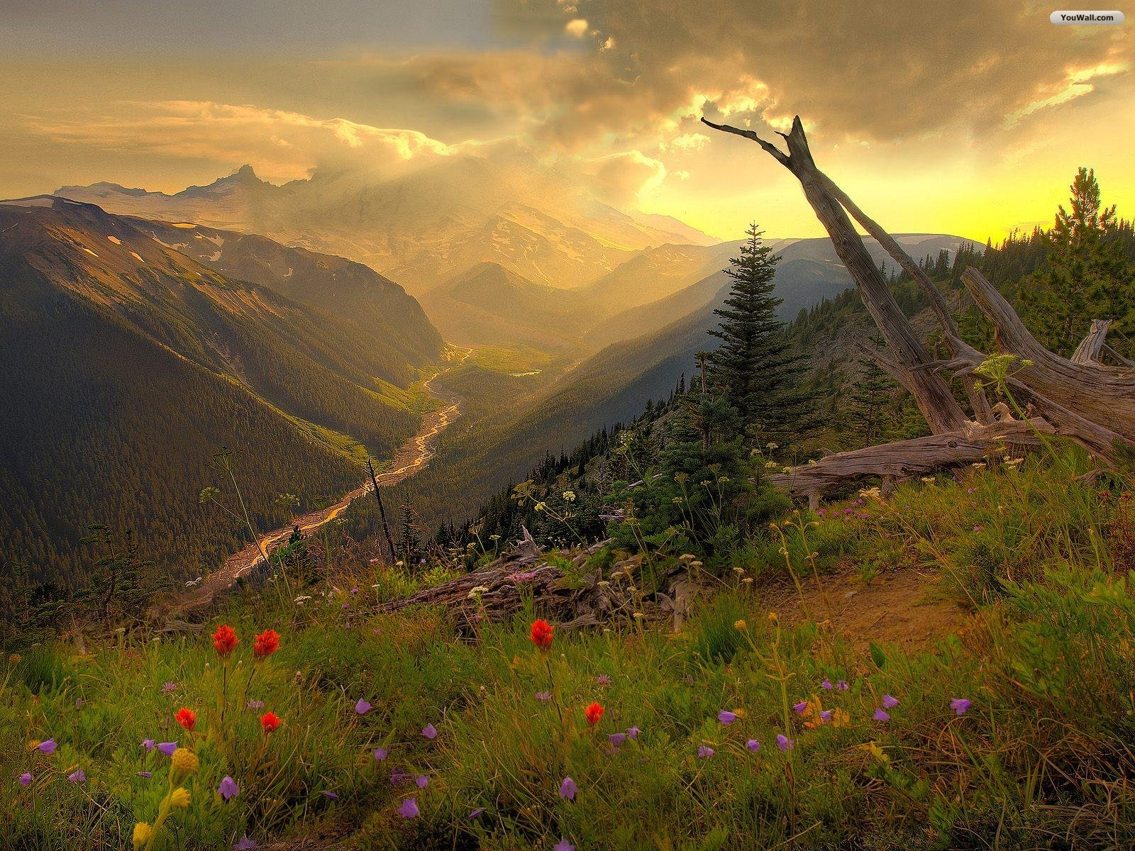 HD Awesome Sunset Mountain Wallpaper 2014 Wallpaper Collection For 1600x1200