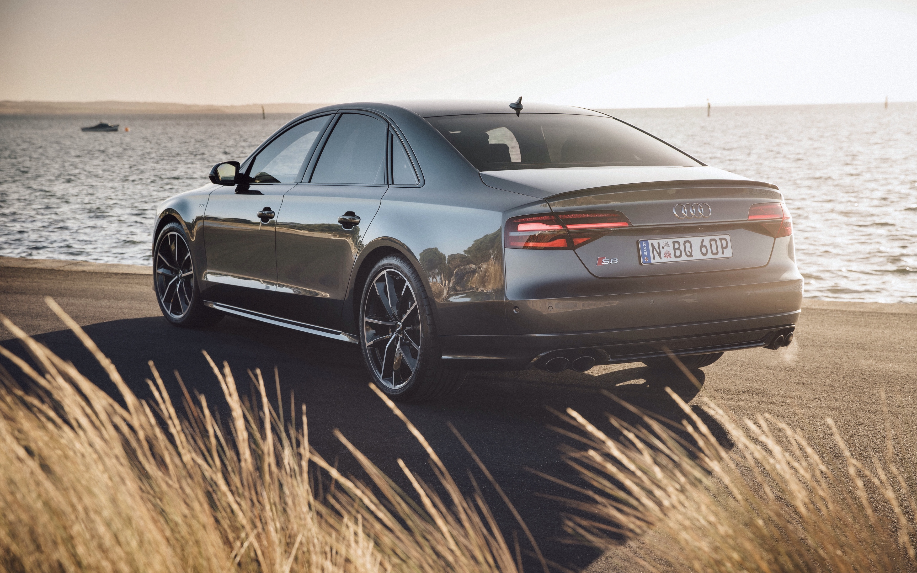Download wallpaper 3840x2400 audi s8 rear view 4k ultra hd 1610 3840x2400