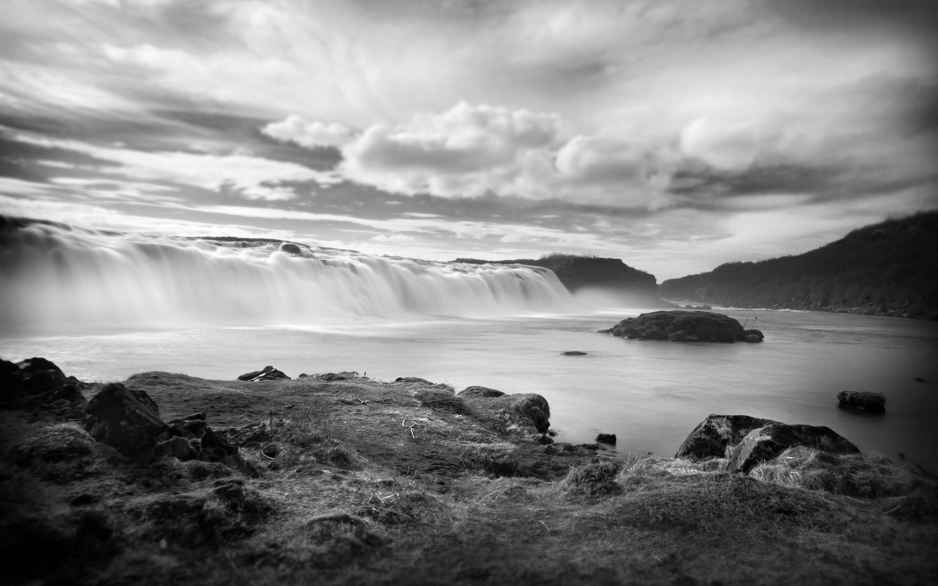 waterfall rocks flowing black and white Ultra HD 4K HD Background 3840x2400