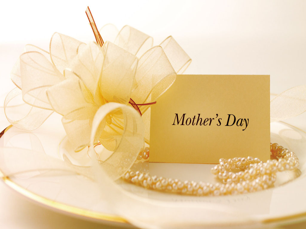 day in the following there are well chosen mother s day wallpapers for 1024x768