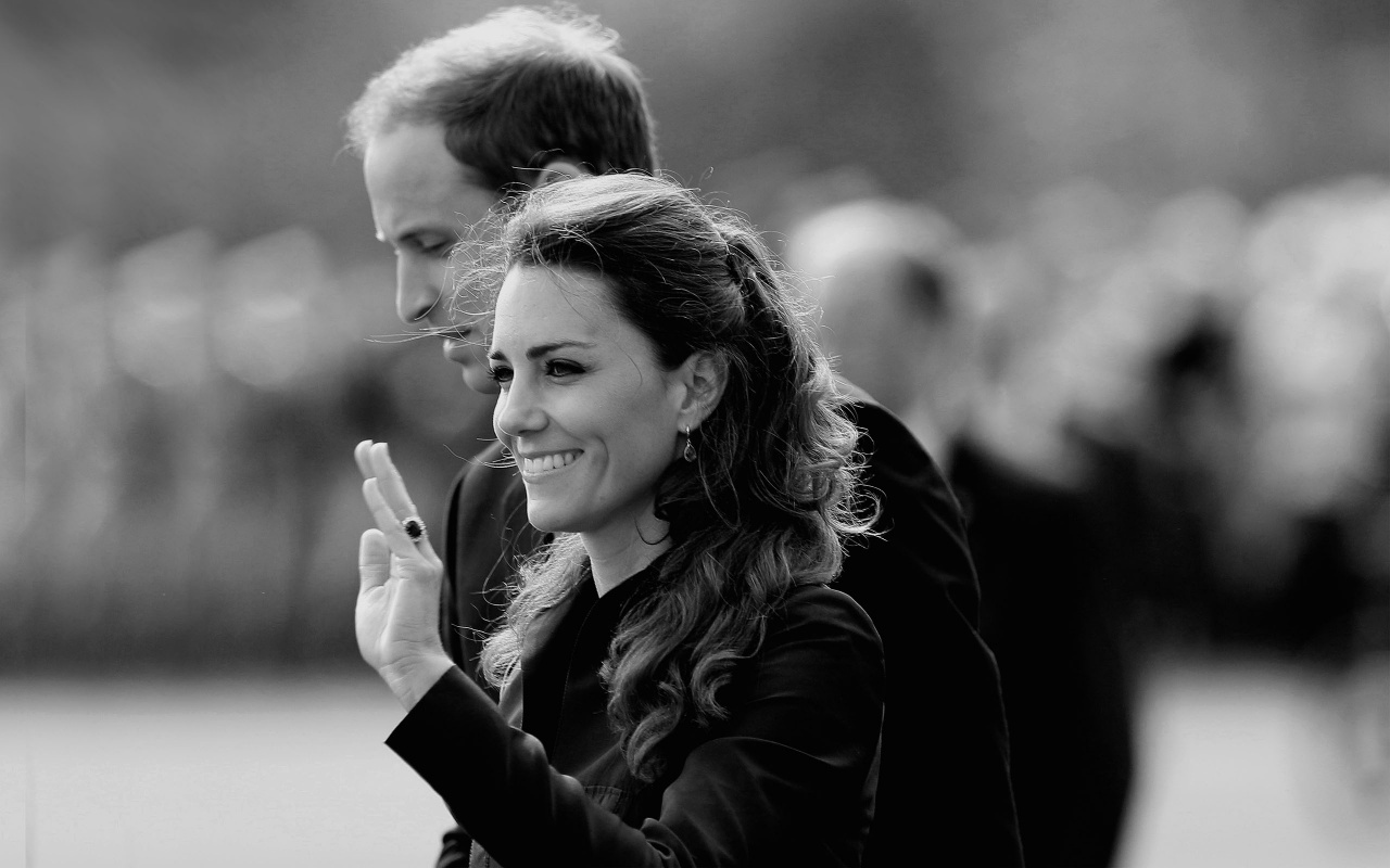 Royal Romance   Prince William and Kate Middleton Wallpaper 1280x800