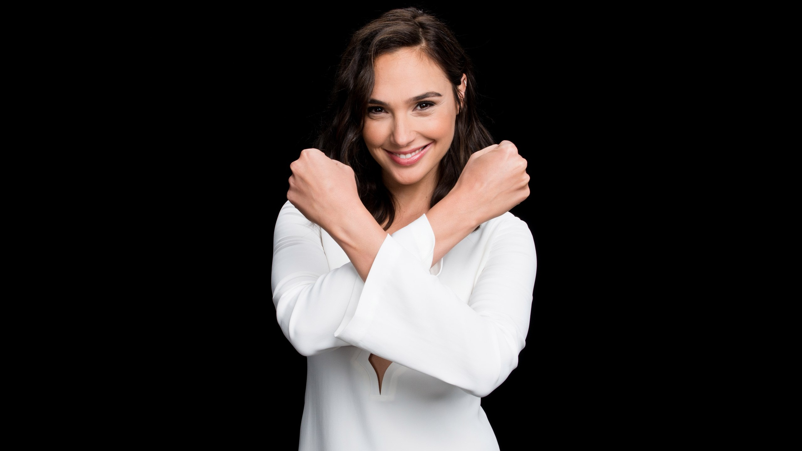 2019 Gal Gadot Wallpaper 39304   Baltana 2560x1440