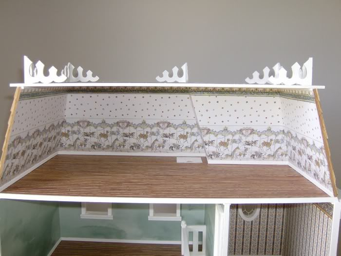 Wallpapering tips for your dollhouse Miniatures to make Pinterest 700x527
