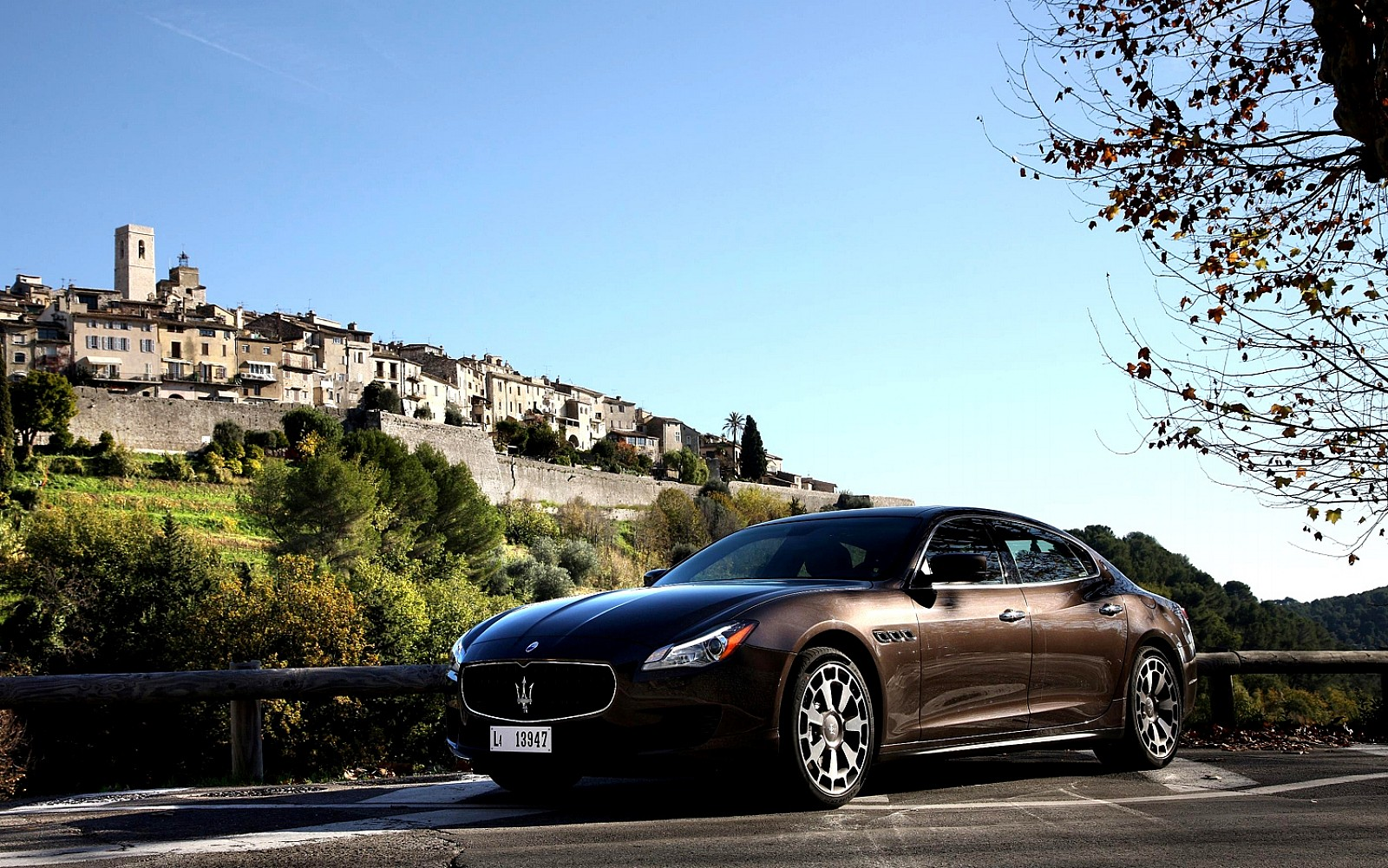 Maserati Quattroporte HD Widescreen Wallpapers Car HD Wallpapers 1600x1001