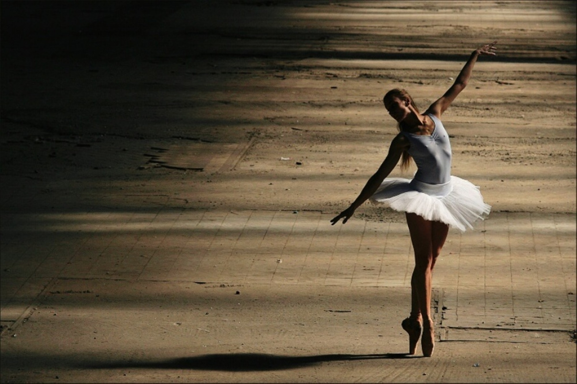 Ballet Desktop Wallpaper 2000x1333