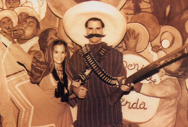Female Mexican Gangster Mexican people are lazy 600x405