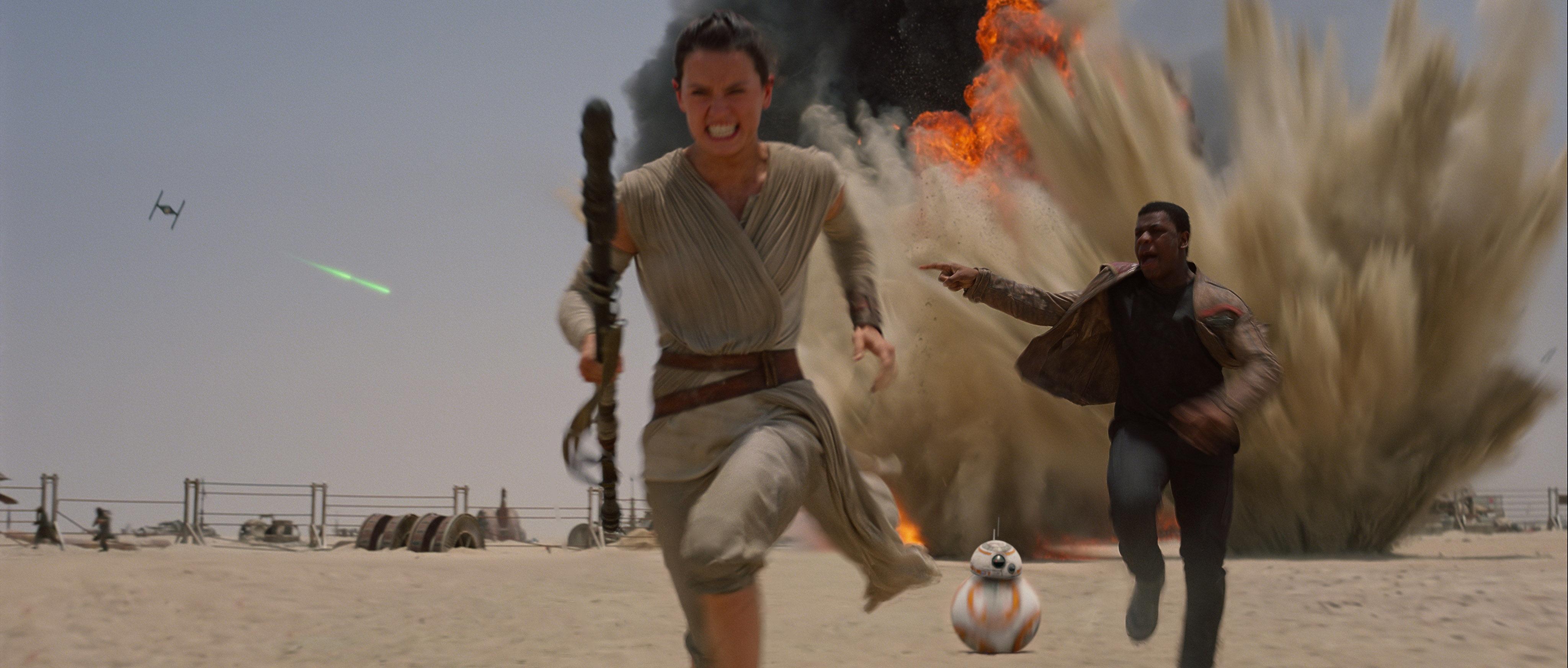 Finn Rey Explosions Wide 570x242 Star Wars The Force Awakens Finn 4096x1744
