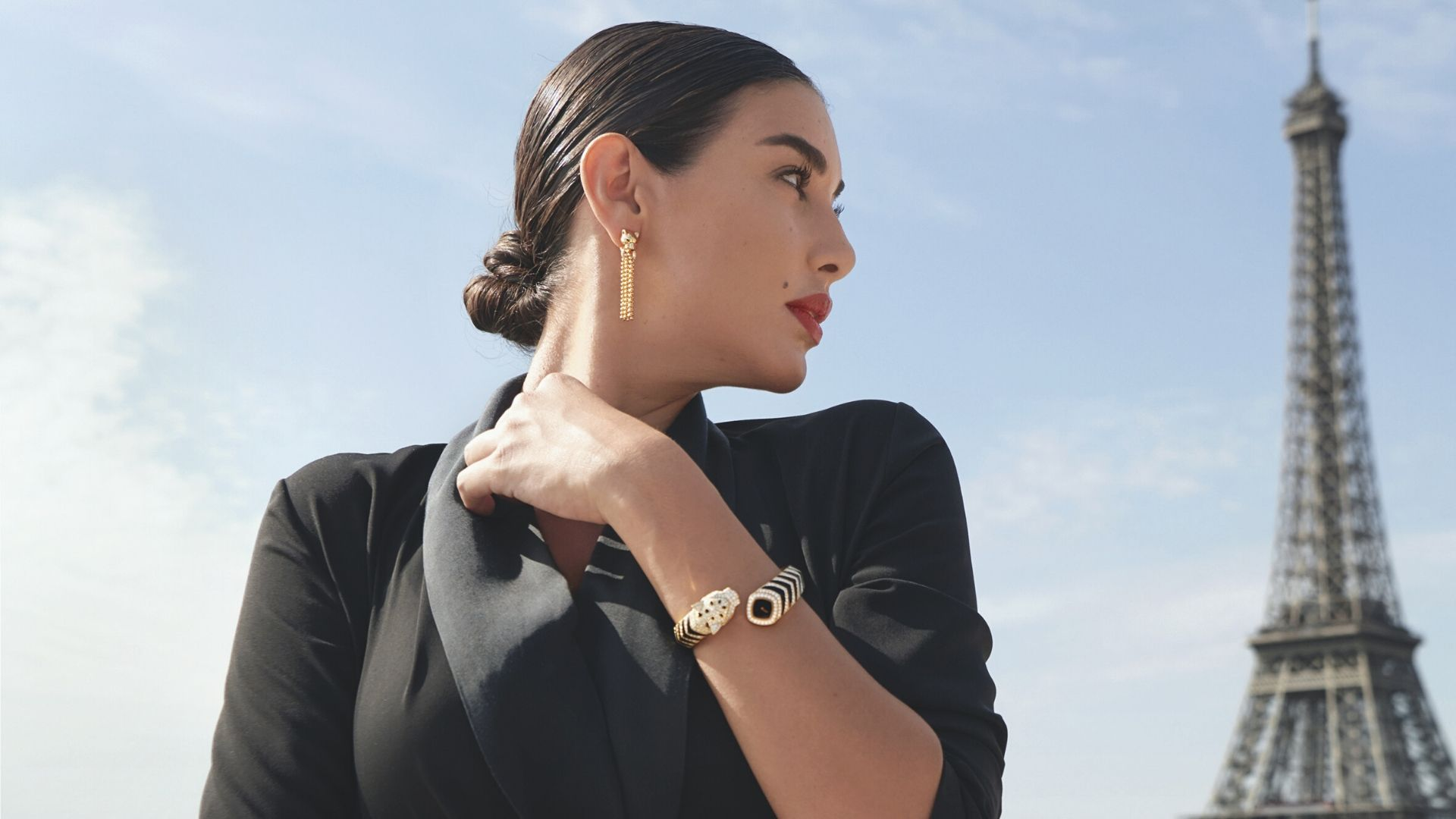 The Stories Behind Cartiers Latest Heart Stopping Timepiece 1920x1080
