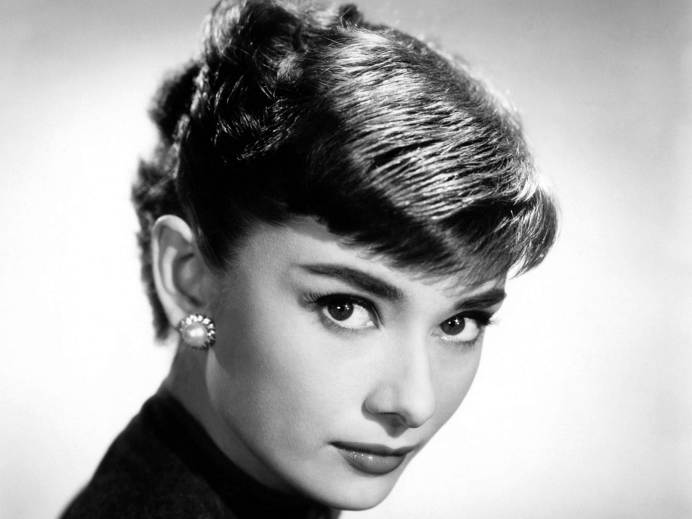 Audrey Hepburn Computer Wallpapers Desktop Backgrounds 2264x1698 2264x1698