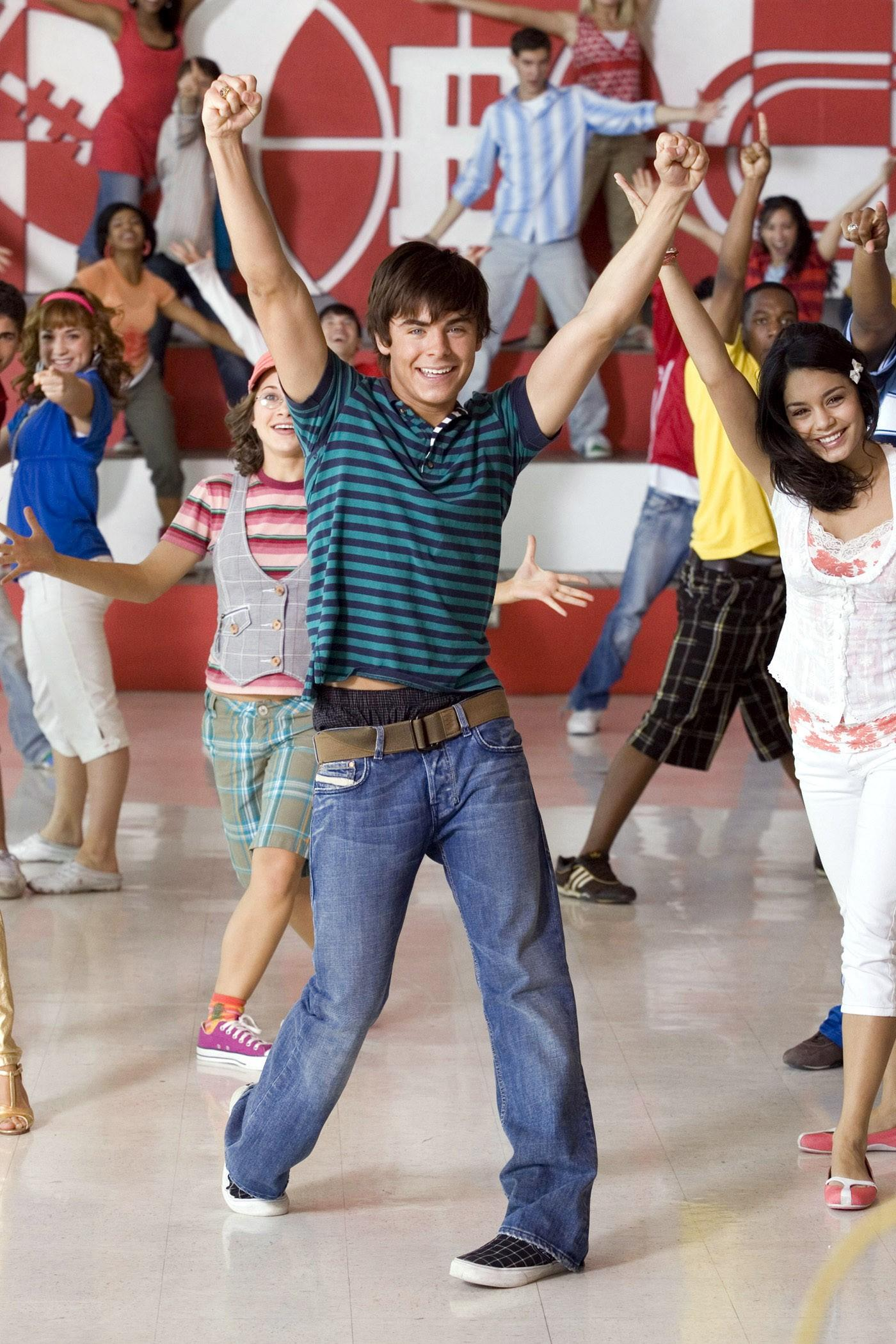 High School Musical 2 Wallpaper Zac   High School Musical 3 Fan Site 1400x2100